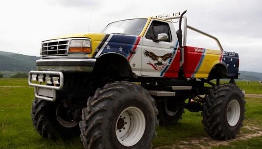 jazda monster truckiem w warszawie